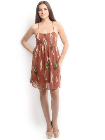 https://static6.cilory.com/112769-thickbox_default/oranje-rust-dress.jpg