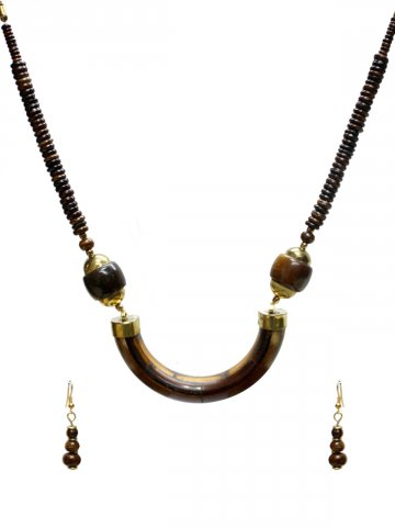 https://static3.cilory.com/127355-thickbox_default/trendy-handicraft-neckwear.jpg