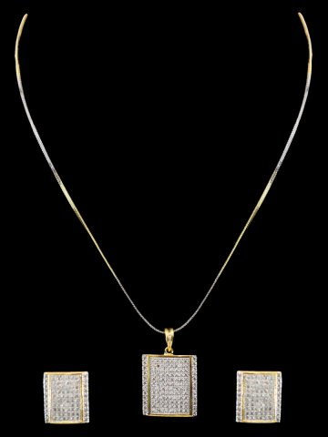 https://static3.cilory.com/158257-thickbox_default/beautiful-women-pendant-with-earrings.jpg
