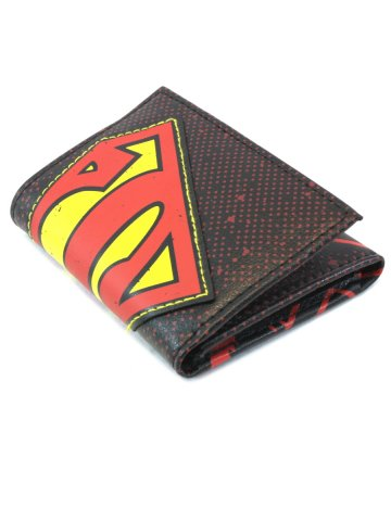 https://static8.cilory.com/159810-thickbox_default/superman-halftone-aplique-red-trifold-wallet.jpg