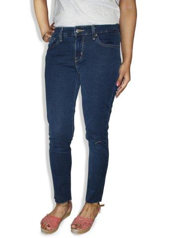 https://static9.cilory.com/177438-thickbox_default/levis-women-711-blue-skinny-fit-jeans.jpg