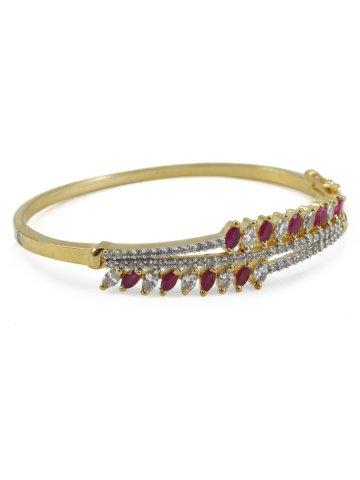 https://static2.cilory.com/268296-thickbox_default/elegant-american-diamond-bracelet.jpg