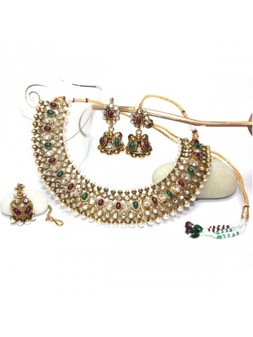 https://static6.cilory.com/37128-thickbox_default/elegant-polki-work-necklace-set-carved-with-stone-and-beads.jpg