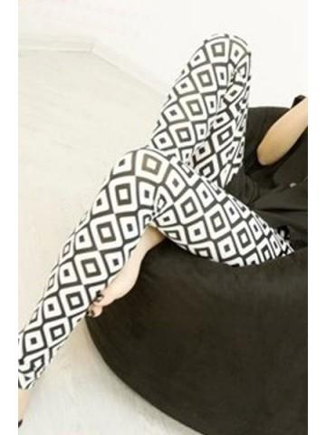 https://d38jde2cfwaolo.cloudfront.net/87556-thickbox_default/black-white-pattern-pencil-leggings.jpg