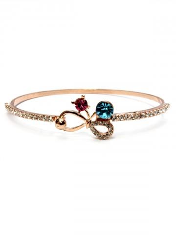 https://static.cilory.com/92906-thickbox_default/archies-women-bracelet.jpg