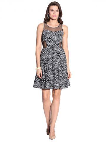 https://static1.cilory.com/98133-thickbox_default/mishka-black-flared-dress.jpg